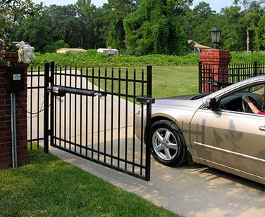 electric-gate-installation-call-now
